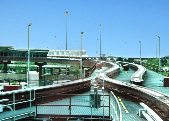 Newark Airport AirTrain, New Jersey, Von Roll Transport Systems: Provided planning and design services, including preparation of the airside and landside safety/security plan, failure management plan, winterization plan, guideway alignment alternatives analysis, design of elevated steel guideway and switches, guideway heating system, and maintenance vehicle. The system is 3 miles in length with 8 passenger stations.